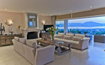 Luxury St Tropez Villa Maison Blanche living room view