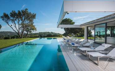 Luxury St. Tropez Villa Margot pool