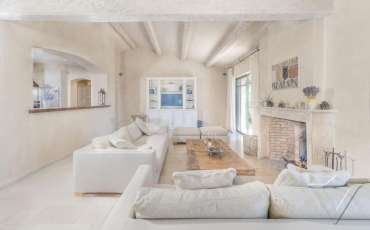 Luxury Saint Tropez Villa Andrea living room