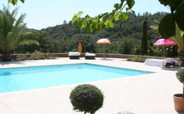 Luxury St Tropez Villas Domaine la Bagaraide pool