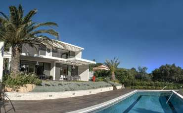 Luxury Saint Tropez Villa Jessica pool side
