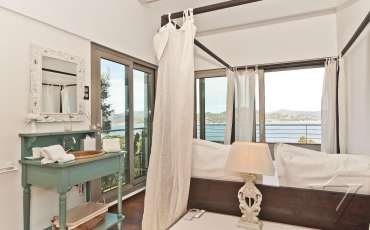 Luxury Saint Tropez Villa Mary bedroom 4