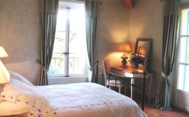 Luxury Saint Tropez Villa Amoureux bedroom 2