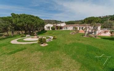 Luxury Saint Tropez Villa Fontana overview