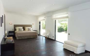 Luxury Saint Tropez Villa Gustavia bedroom 1