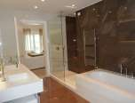 rent-villa-saint-tropez-palmiers-master_bathroom