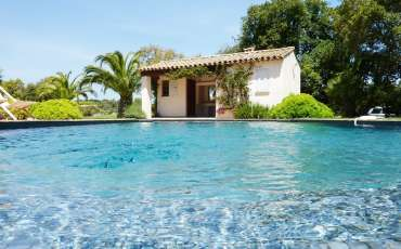 rent-villa-saint-tropez-la-font-poolhouse